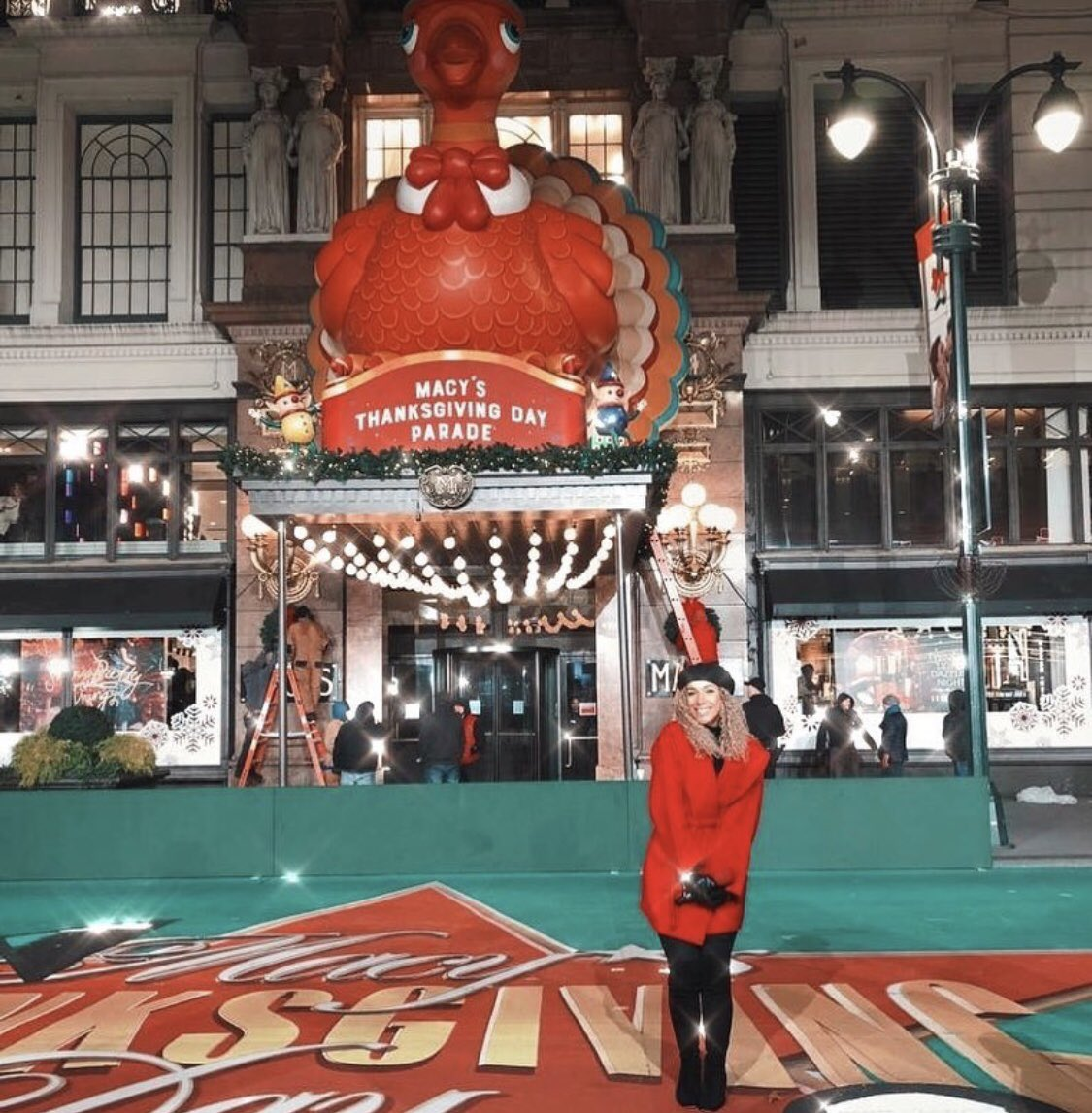 So surreal rehearsing for the iconic #macysthanksgivingdayparade ❤️ excited to perform ✨ https://t.co/nPc3iAufEf
