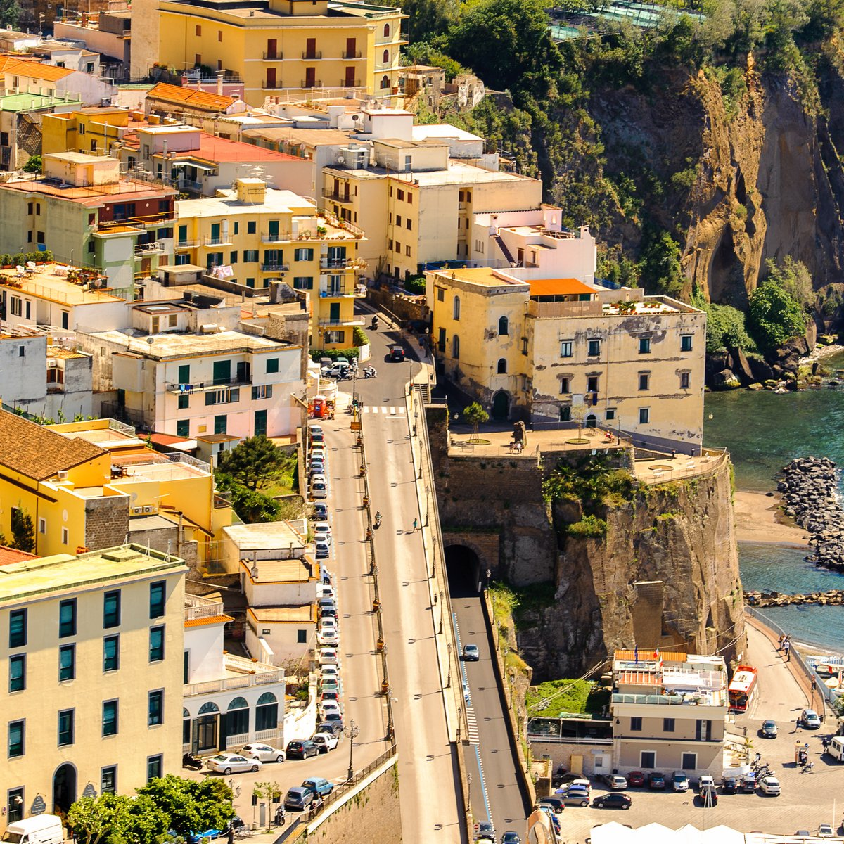 Aerial view of #Sorrento, #Italy.😍  #Travel #Vacation https://t.co/t0k5xSKbpD
