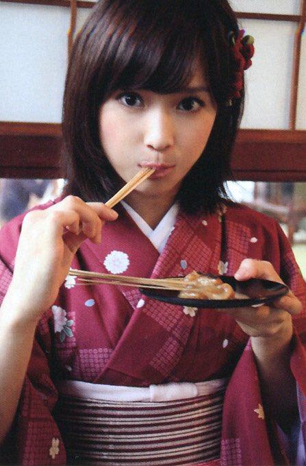 test ツイッターメディア - 3.亀井絵里 この人を見つけた結果私はキモヲタになってしまった😇彼女がいなければ夫とも知り合ってないw画像の団子の店は京都にあって美味しかったです。 https://t.co/AV3mNZ1TuU