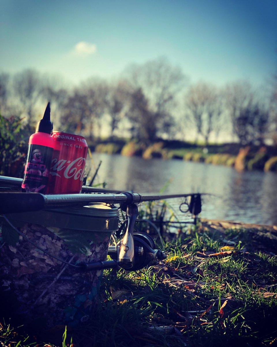 #IphoneX #carplife #fishinguk #fishing #fisherman #angler #fishing<b>Rod</b> #carp #carping #carpfis