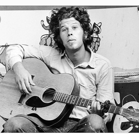 A most happy Birthday Whisper-Out to the original Bone Machine , TOM WAITS...      !