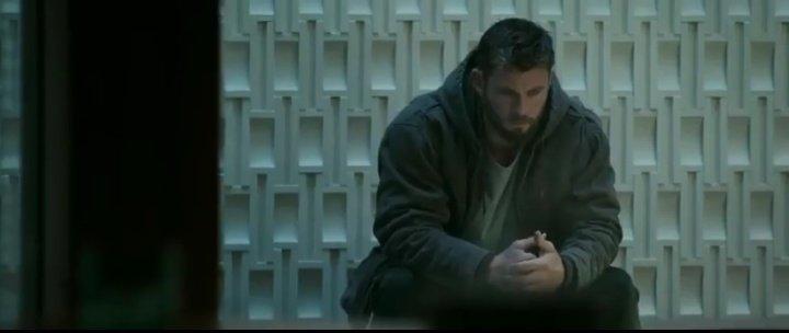 RT @tony_esterc0: Thor:Eu devia ter acertado a cabeça dele  #AvengersEndgame https://t.co/yTUUr8IJ4v