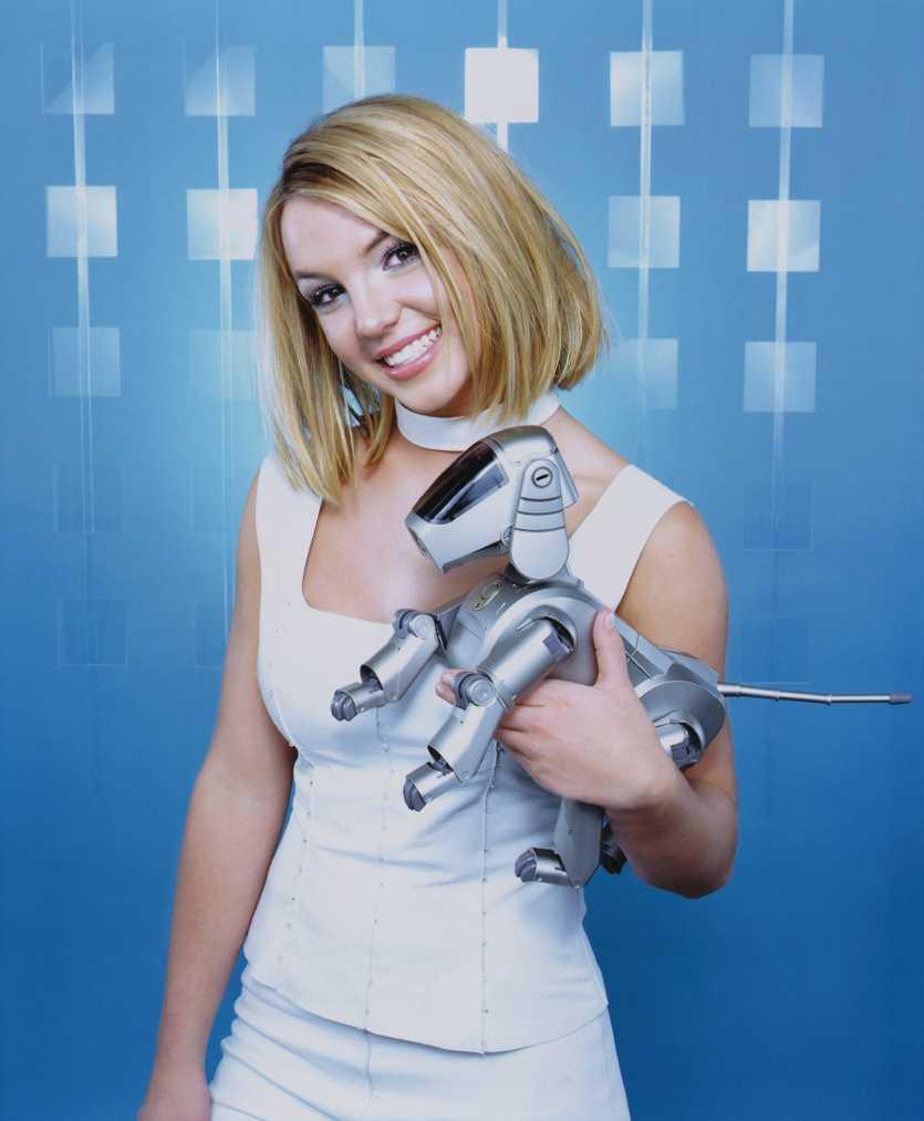 RT @y2k_aesthetic: Britney Spears by Jill Greenberg for Teen People Magazine (February 2000) (1/3) https://t.co/KFIfIp3uBE