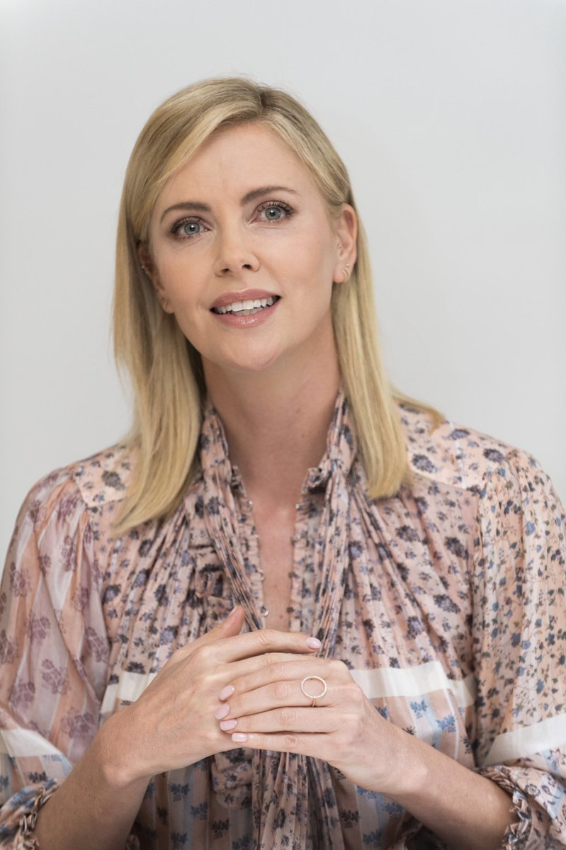 [Podcast] HFPA in Conversation: Charlize Theron, Always a Storyteller.  https://t.co/LZMTC3AXt7  #actorslife https://t.co/2hjCu1Itax