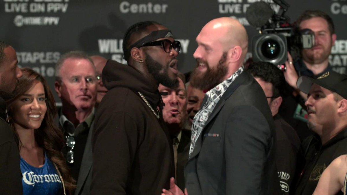 RT @ShowtimeBoxing: Intense face off between @BronzeBomber & @Tyson_Fury #WilderFury https://t.co/jDNcKKurbm
