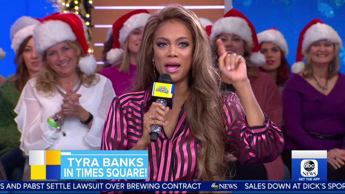You know I had to break it down with @RobinRoberts and @michaelstrahan on @gma this morning! #LifeSize2 https://t.co/YHL7sTBo0S