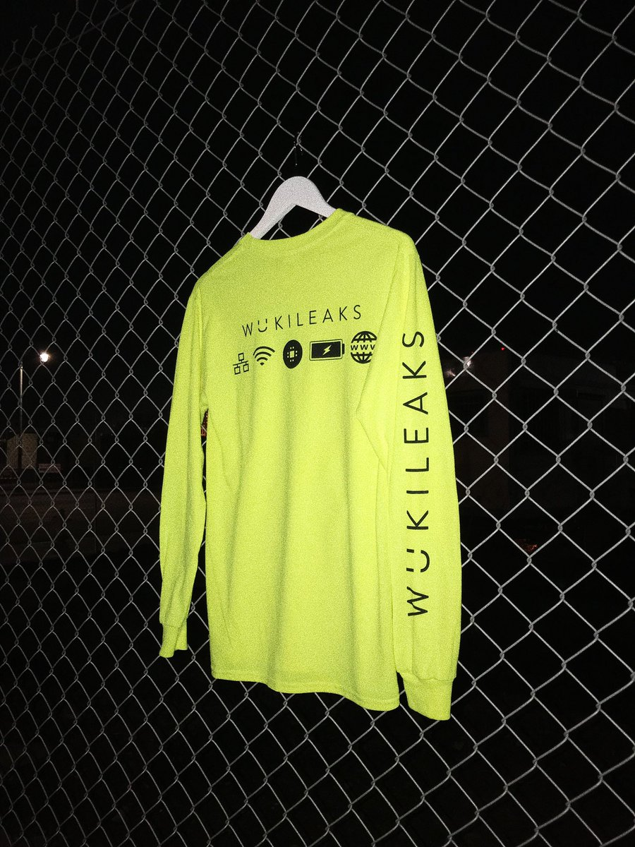 RT @Wuki: Oh brand new merch? Only at my LA show? Wow guess you better come :) https://t.co/AhCQ3Vxedd