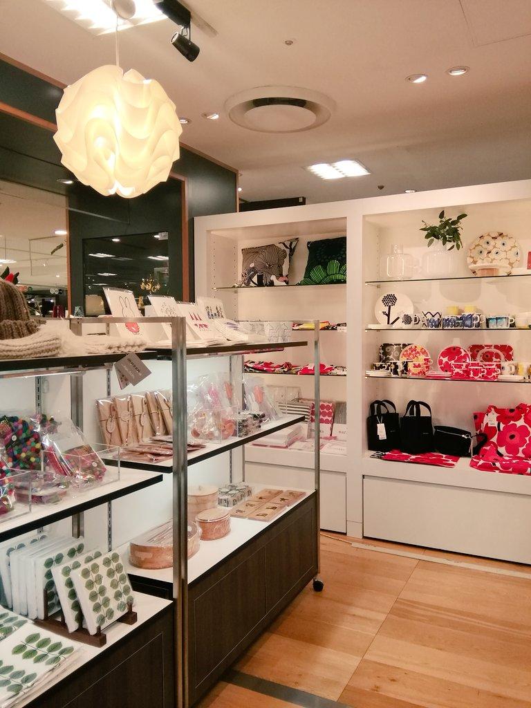 そごう横浜店6階イルムス横浜店の横の催事場でクリスマスマーケットを開催中!普段取り扱いのない北欧雑貨たちが集結しております♪ https://t.co/22DtBjmSIg