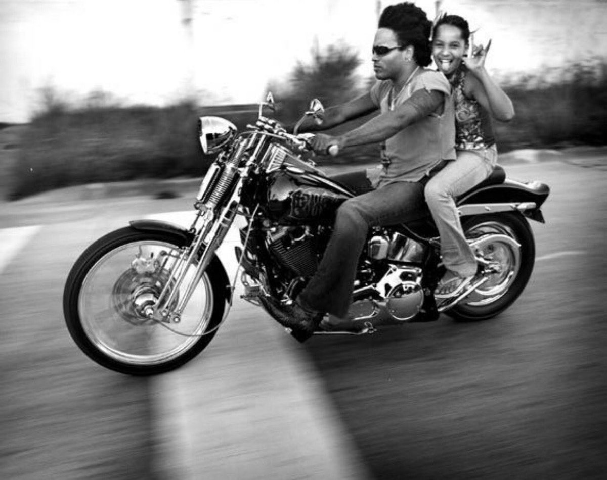 Happy birthday baby girl @ZoeKravitz. We ride 'til the wheels fall off. I love you beyond comprehension. Xx https://t.co/g0Ct2maWmT