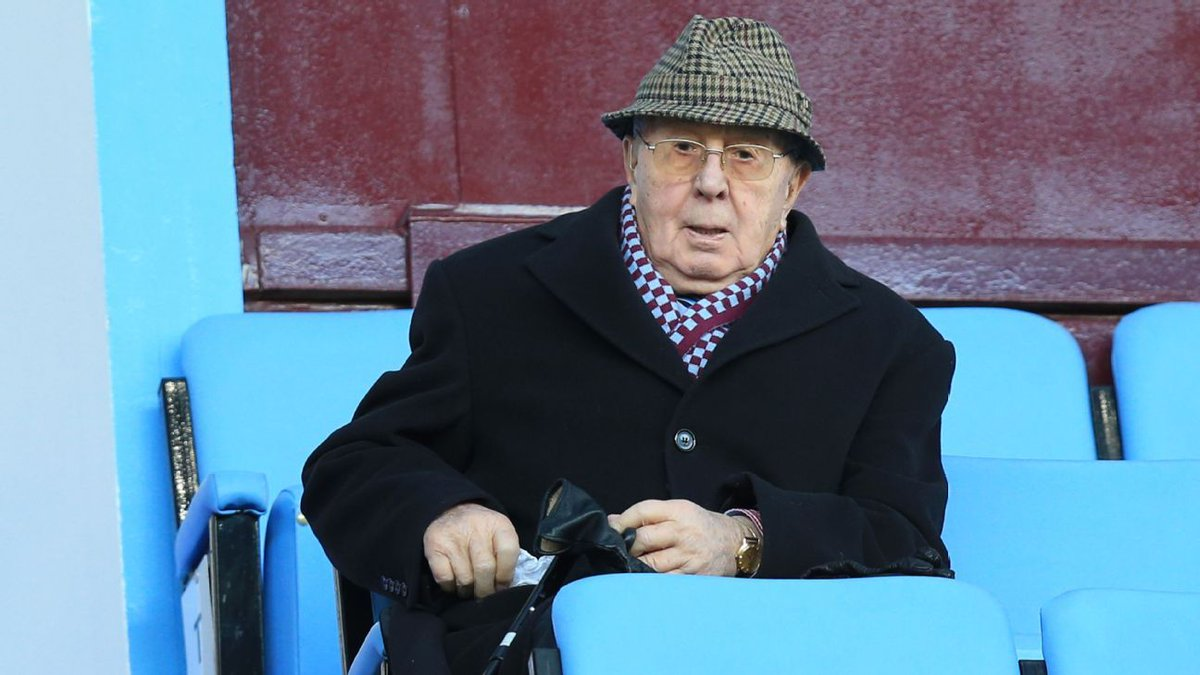 Former Aston Villa chairman Doug Ellis dies #AstonVilla  https://t.co/pjTWkOXanu https://t.co/YXMOatSj8B