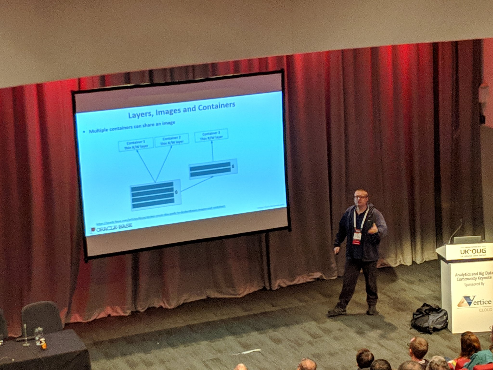 Learning from Dr Hall aka @oraclebase on Docker and Oracle Database at #ukoug_tech18 https://t.co/xfwy4vXWGI