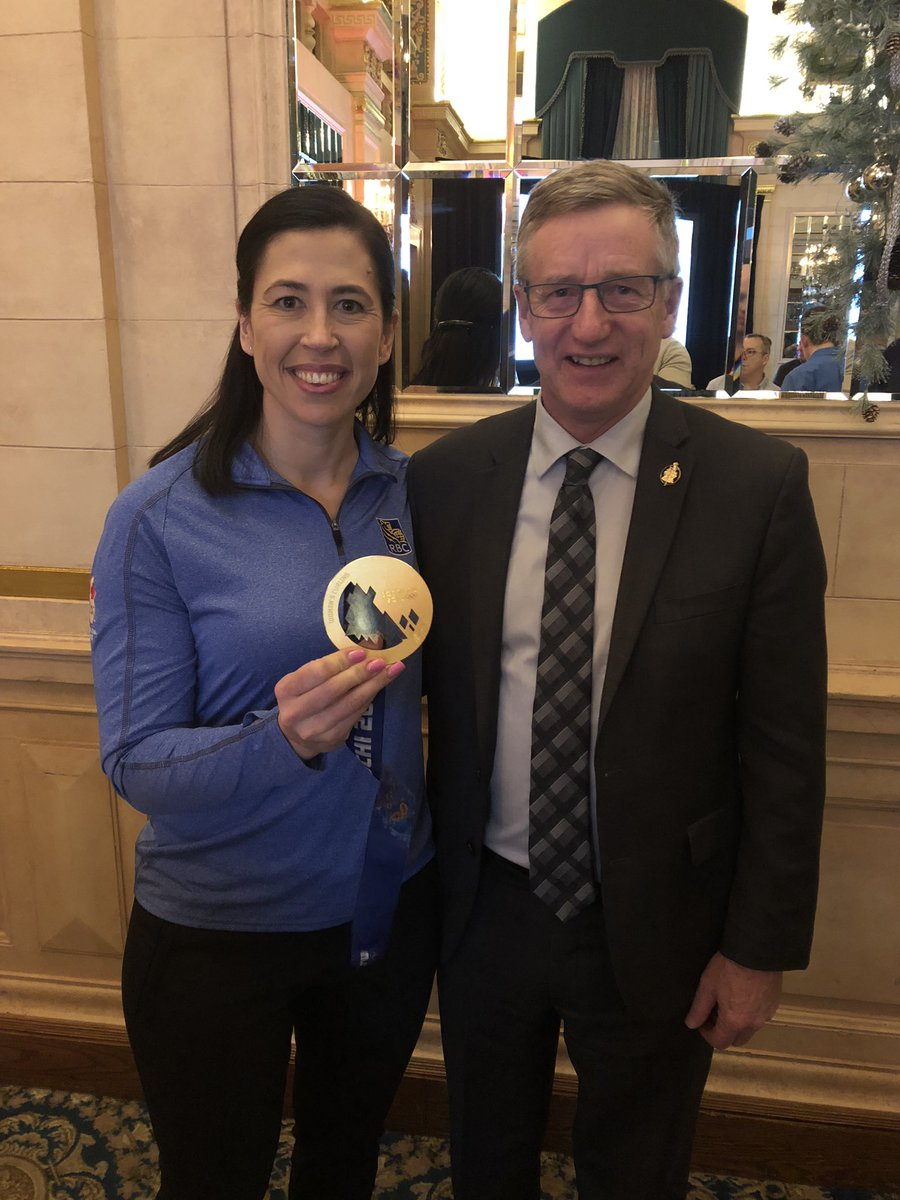 test Twitter Media - #AMCC18 sure knows how to pick great guest speakers. It's a pleasure to once again see @JillOfficer Canadian Women's  Curling Gold Medallist at the Sochi Winter Olympics. 🇨🇦👏🥇 @AMCshortlinecda  #mbpoli https://t.co/unWA2rqrXQ