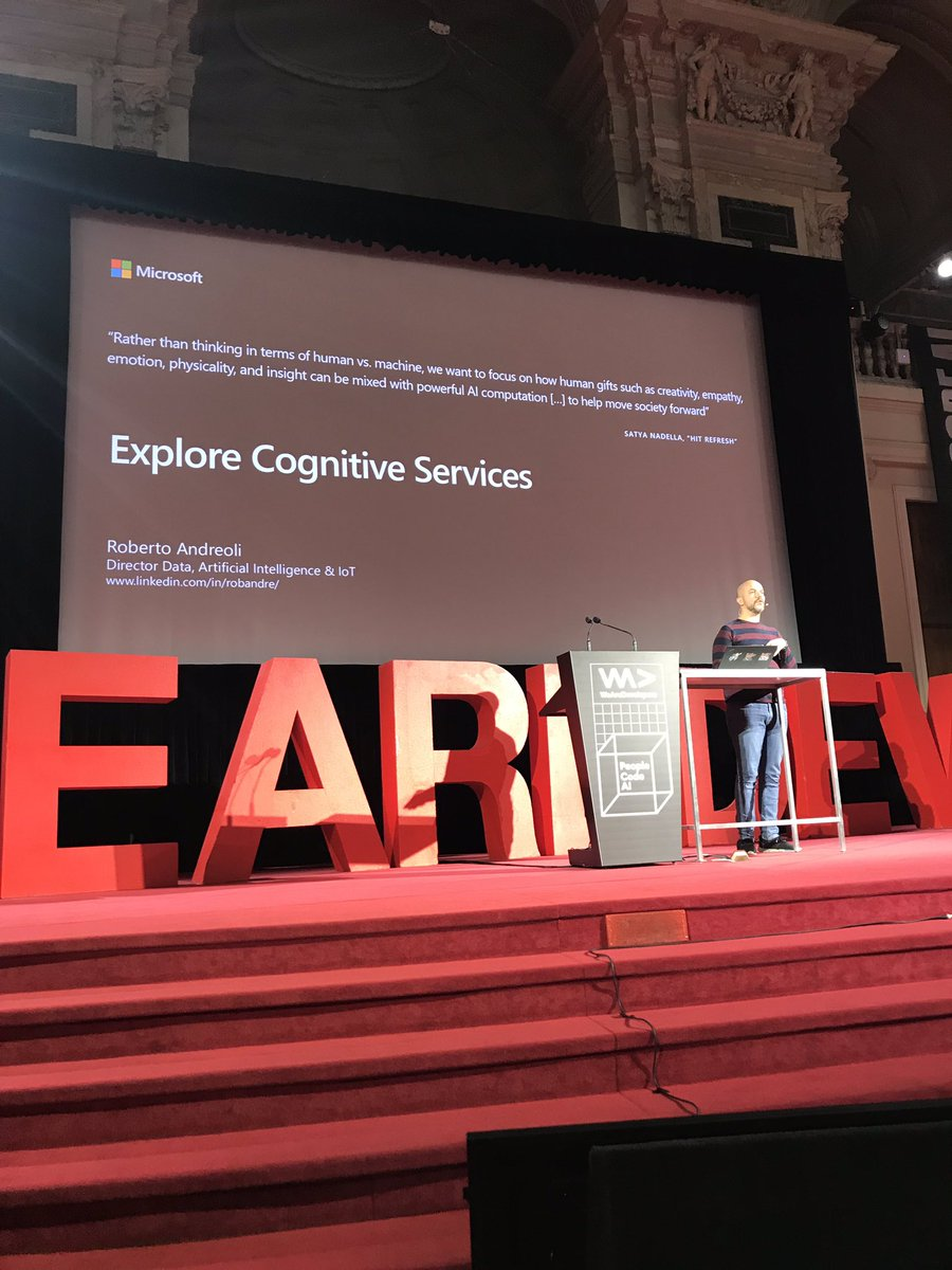 RT @_geniodelmale: Roberto Andreoli on stage talking about #CognitiveServices at #aic2018 #AICON18 https://t.co/b39aodEBcb