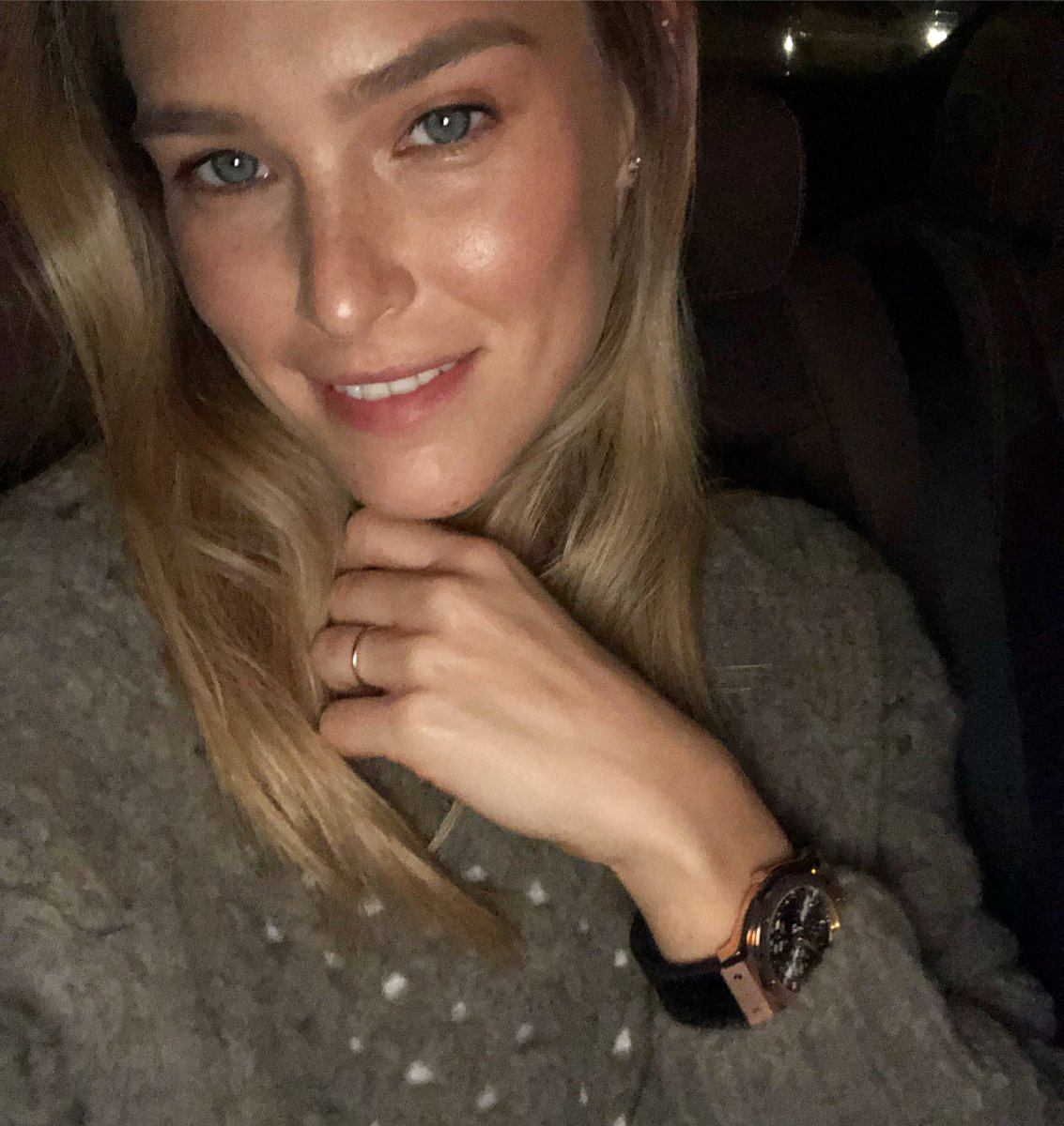 I love the holiday season!   Happy Hanukkah friends ❤️ @Hublot https://t.co/QhOvBZ7QGl