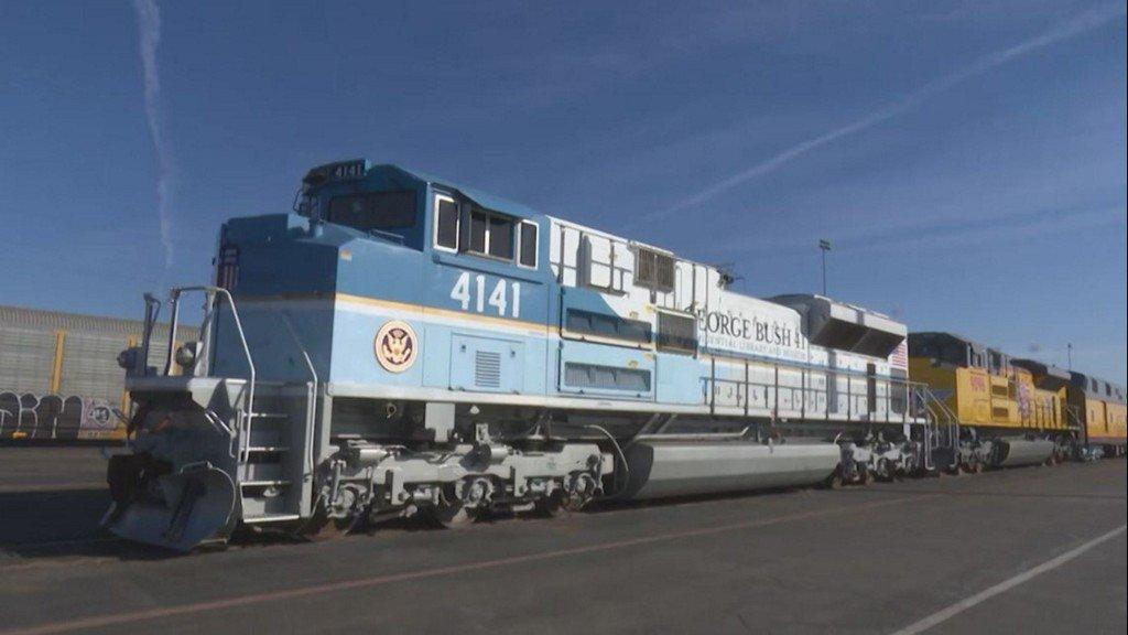 George H W Bush S Train To Pass Through Houston Area En Route To