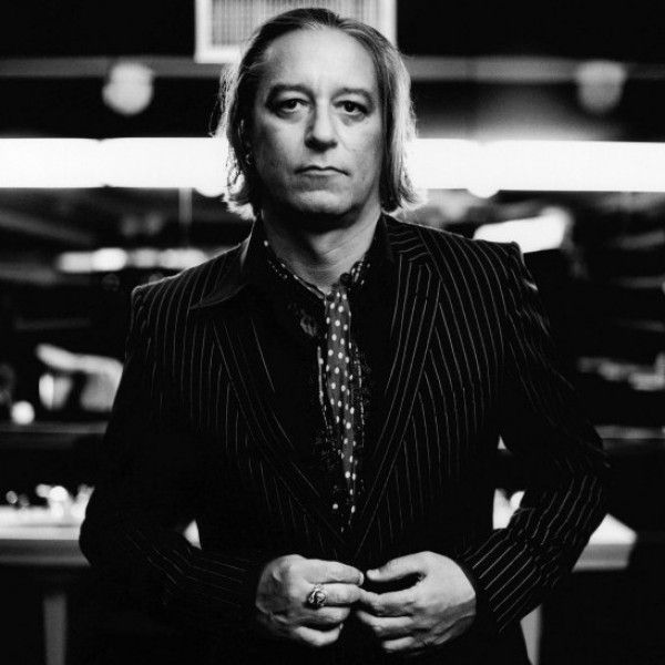 Happy Birthday to Peter Buck, born this day in 1962!