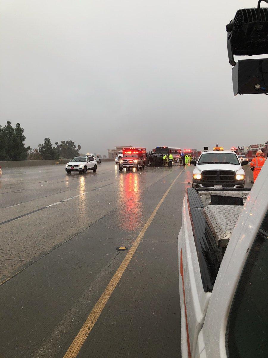 Trafficalert Fatal Crash Prompts Closure Of 3 Nb Lanes On 5 Freeway In Sun Valley
