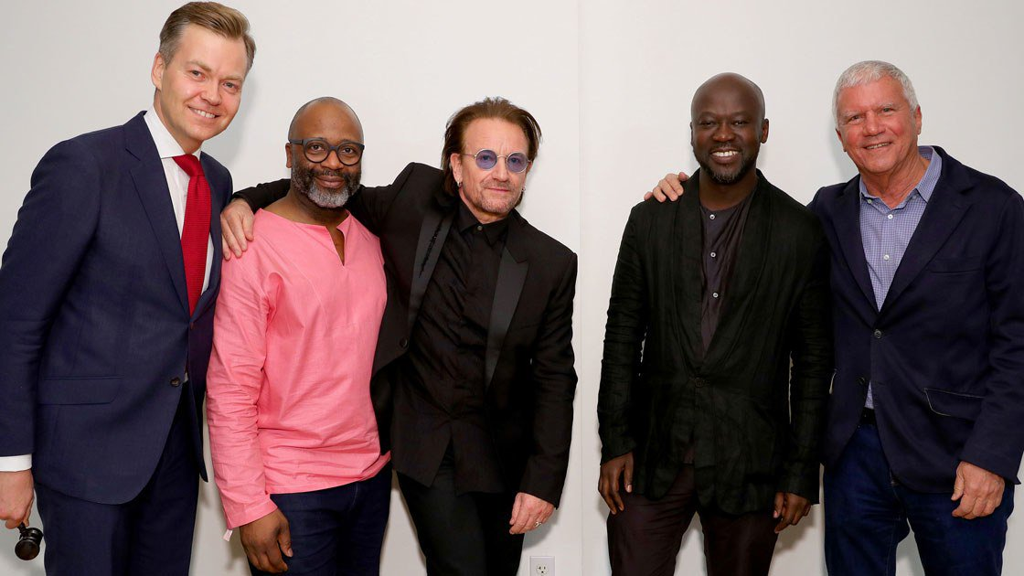 RT @VogueRunway: Bono, @NaomiCampbell, and more team up at Miami Art Basel to fight AIDS. https://t.co/l86I3nXm4P https://t.co/36djlIxgFn