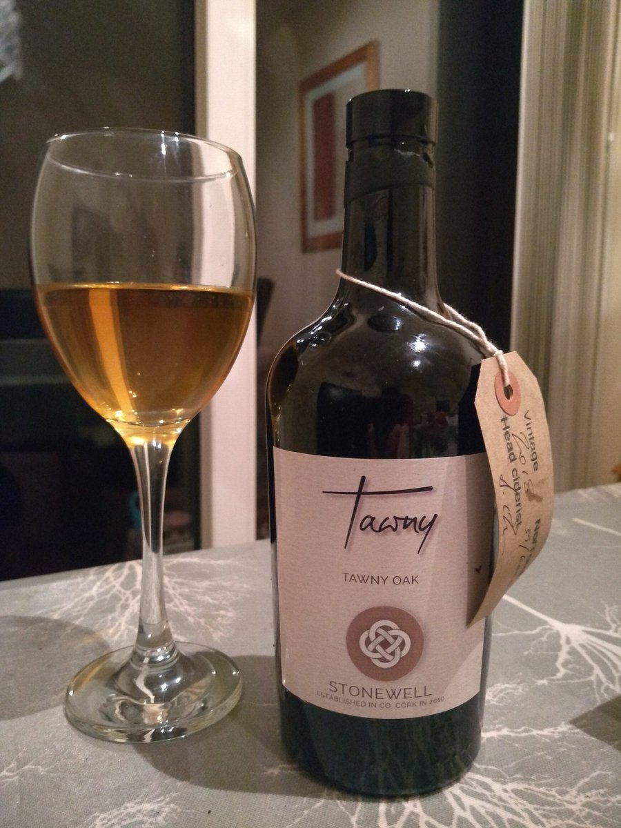 Thursday Treat, the delicious @StonewellCider Tawny. (^Paul Barry) https://t.co/CB84r3F8n3