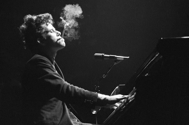 Happy 69th birthday to the one and only Tom Waits.