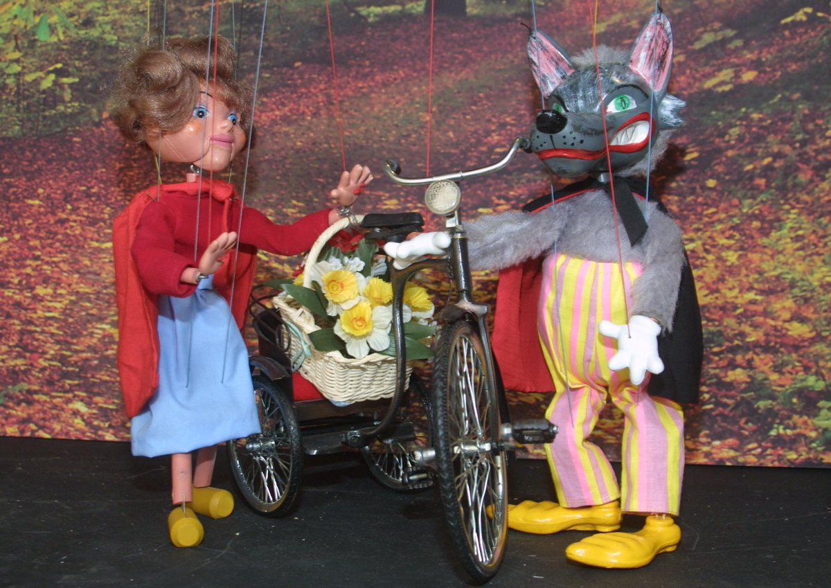 test Twitter Media - Looking forward to our marionette performance of Red Riding Hood at @fingallibraries Malahide library at 3pm on Saturday 8th Dec. #familyfun  https://t.co/C4r2q2zyCu https://t.co/EwGLihhywN