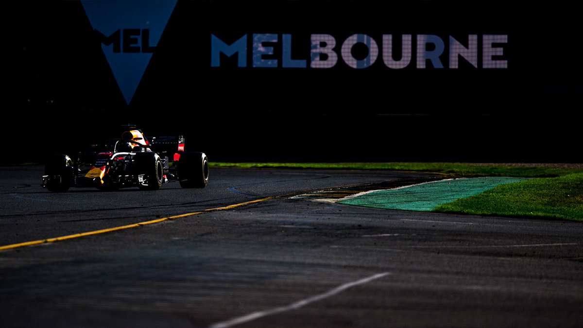 100 days until lights out at the #AusGP in Melbourne!
