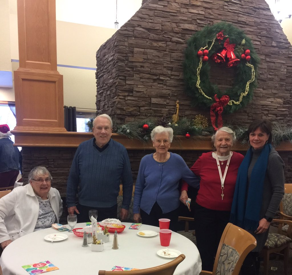 test Twitter Media - A perfect way to end the week and get into the Christmas spirit.  An afternoon listening to Christmas carols at Seine River Retirement Residence. I was fortunate to meet Santa and many of his helpers! #Christmas2018 #BetterTogether #ForeverYoung https://t.co/gkl31SicBM