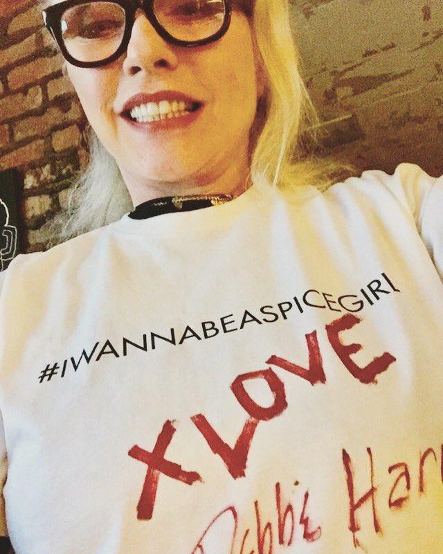 RT @spicegirls: Iconic! Thank you Debbie Harry @BlondieOfficial ❤️ #iwannabeaspicegirl https://t.co/Udymo0xhlV