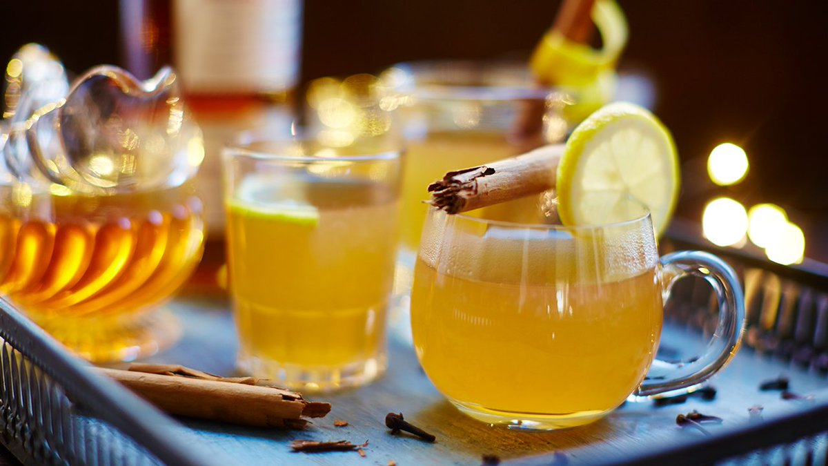A #FestiveDrink that'll put FIRE in your belly! ????    One for #NewYearsEve?? https://t.co/wBSFcvI1aC https://t.co/dCXAZwBVm5