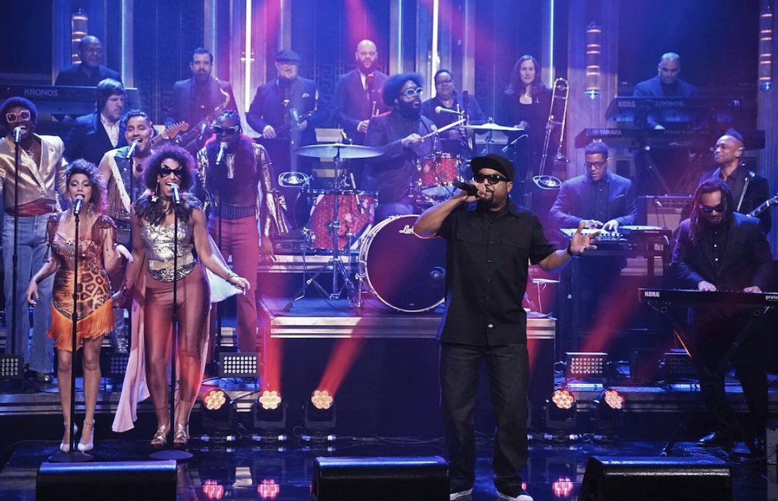 RT @okayplayer: Watch @icecube and @theroots bring The Mothership to @FallonTonight: https://t.co/QpOdkyW8nW https://t.co/YjpsRcdjRU