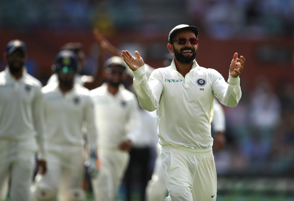 When you're happy and you know it, clap your hands ????  #AUSvIND https://t.co/A7dnju8Heg