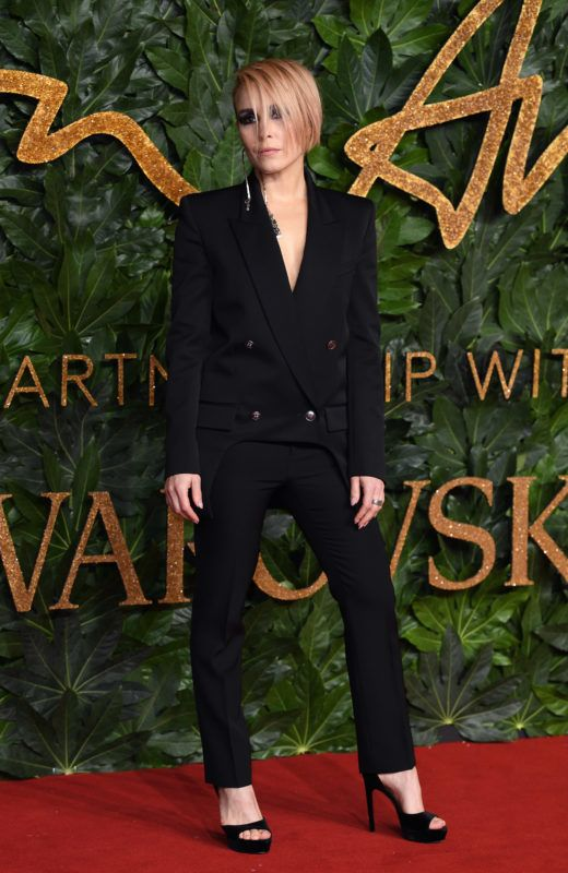 RT @NoomiRapaceNews: British Fashion Awards 2018, #NoomiRapace. More: https://t.co/g4O2tw1lc8 https://t.co/OqL0Y39C2i