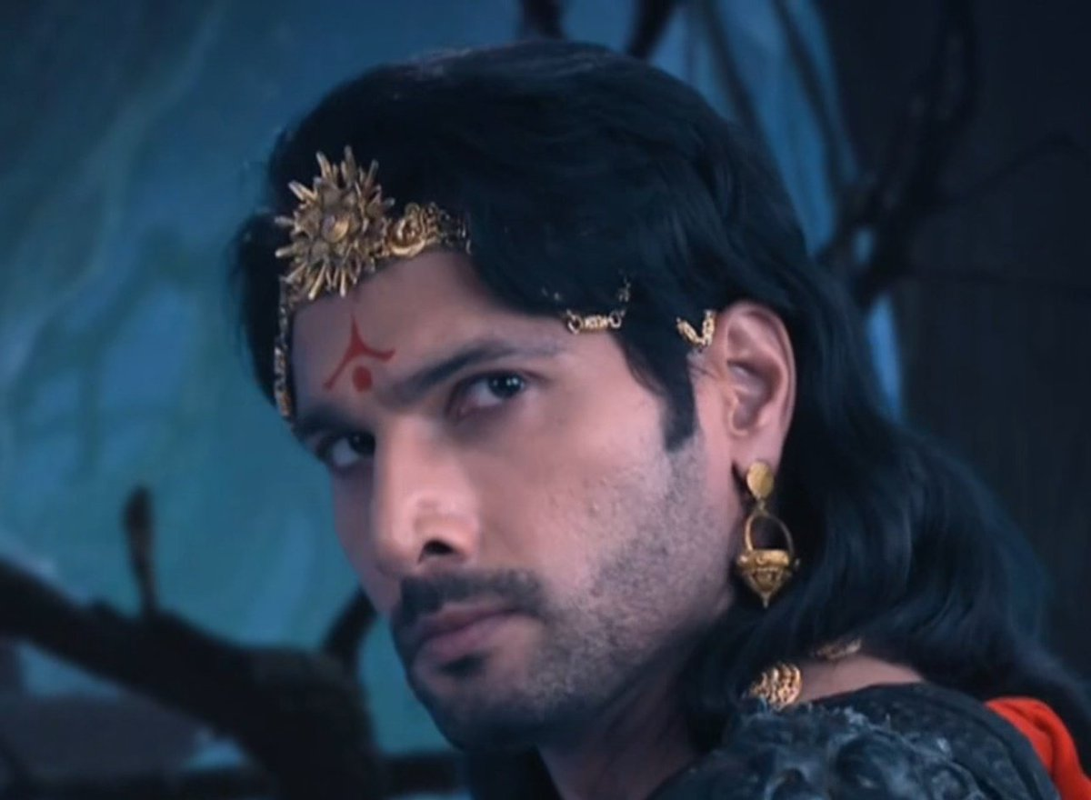 Samrat one request @AhemSharrma you don't come and see these Praja here..All the time #Betaal and #Bhadrakaal ..What is that ? We also need you ! Leave them & come and see us ok.#VikrambetaalkiRahasyaGathaa @AcharyaSandra .Talk to this old Praja..
