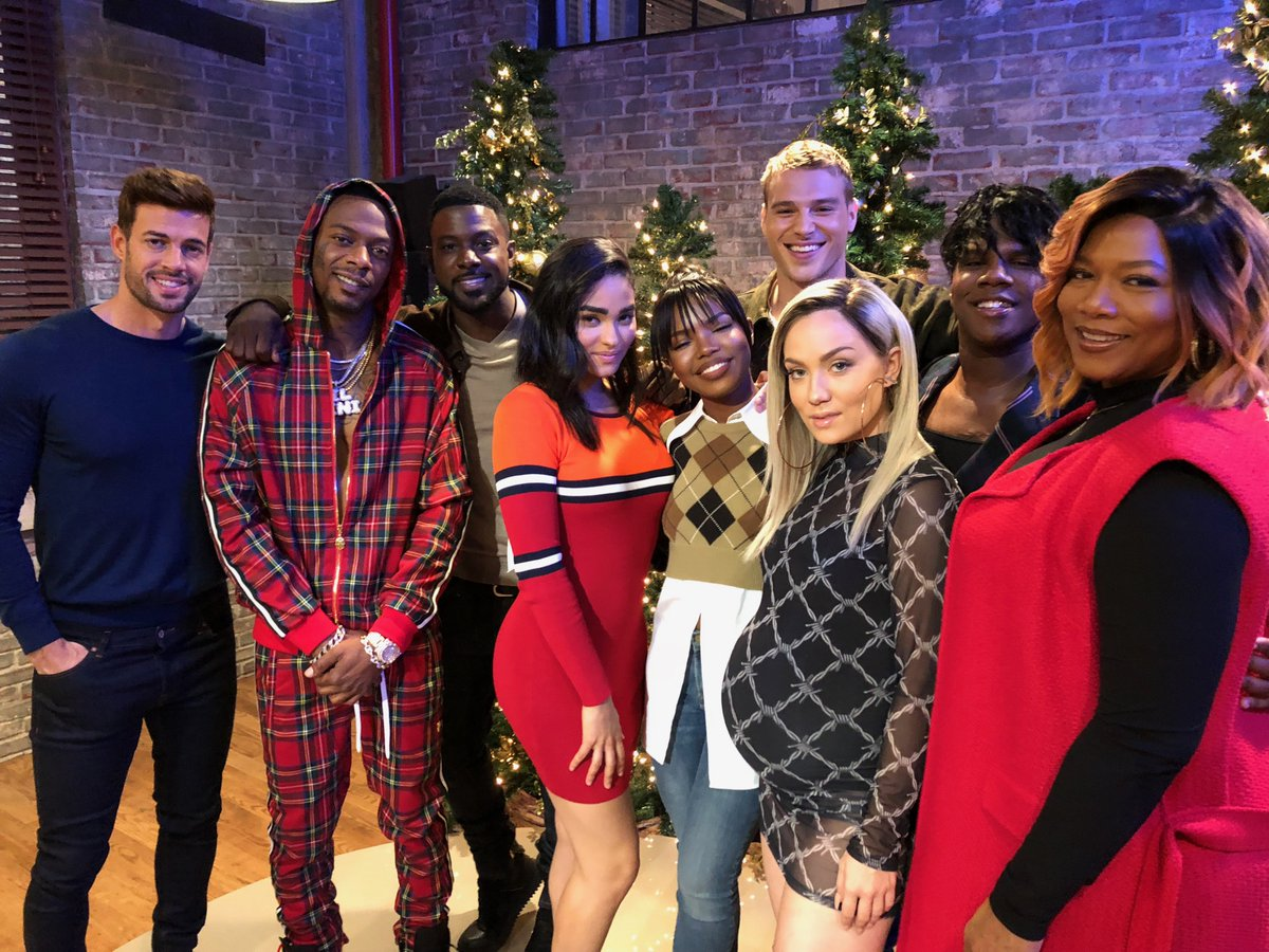 Happy holidays! ???? I know you're missing #STAR, but we can't wait to share what happens in 2019 ???? https://t.co/Glg47JFcjw