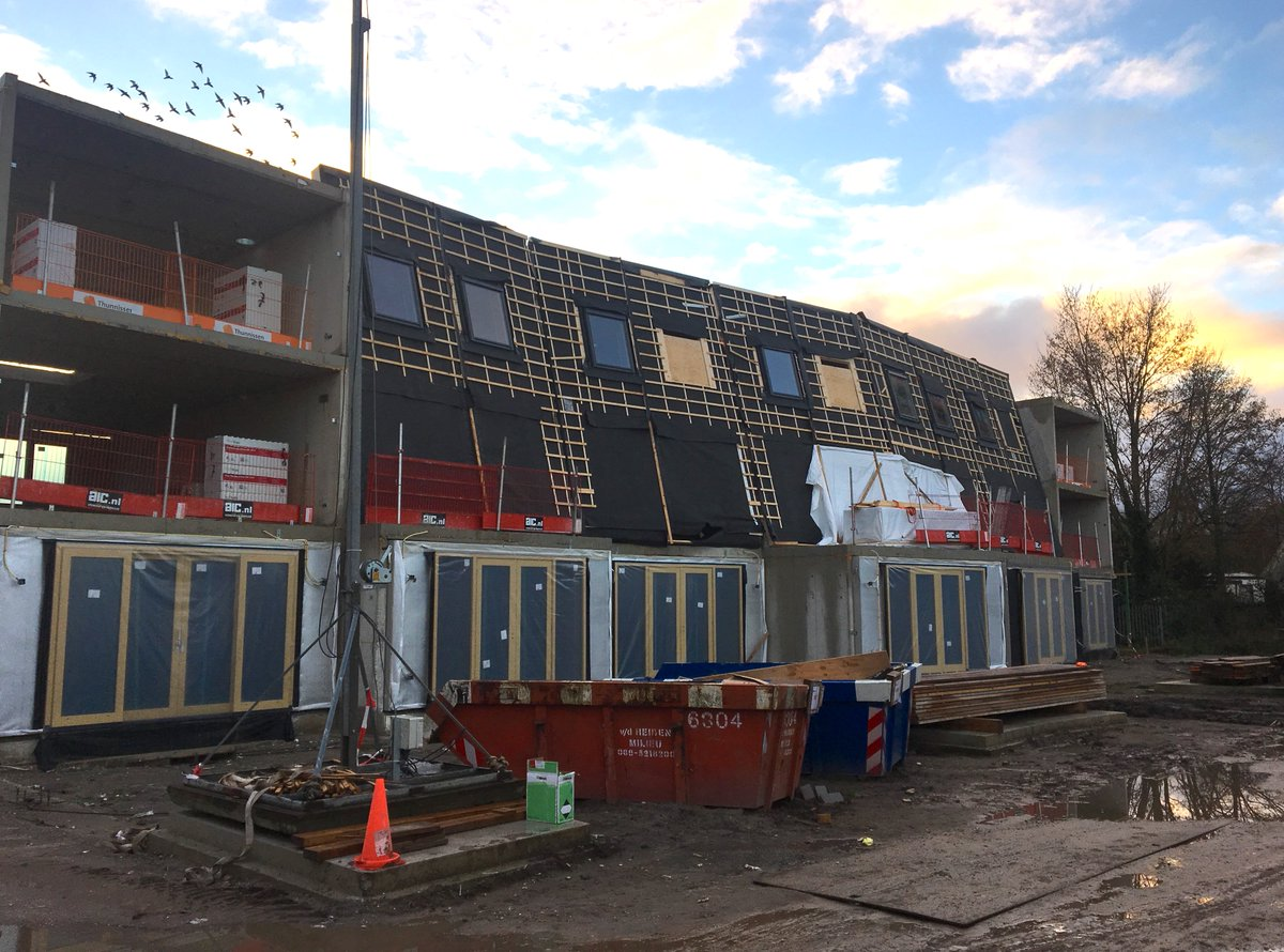 test Twitter Media - De woningen van het Van Lieflandpark in Utrecht beginnen goed vorm te krijgen. Afgelopen dinsdag was er voor de kopers een tweede kijkmoment op de bouwplaats, waar ze konden zien hoe de bouw van hun nieuwe woning vordert. Lees meer op: https://t.co/FoDPMXrkBL https://t.co/TV67Fokqwl