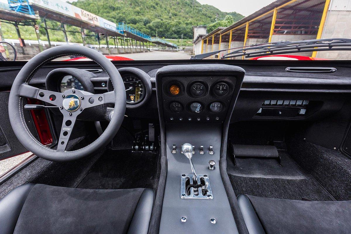 RT @CARmagazine: More manual gearchanges, please! https://t.co/6MNHzlXfUg https://t.co/oFaVDUw0Jb