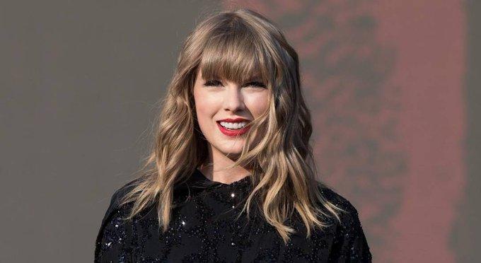 Happy birthday, Taylor Swift! The Grammy-winning recording artist and international sensation turns 29 today.
