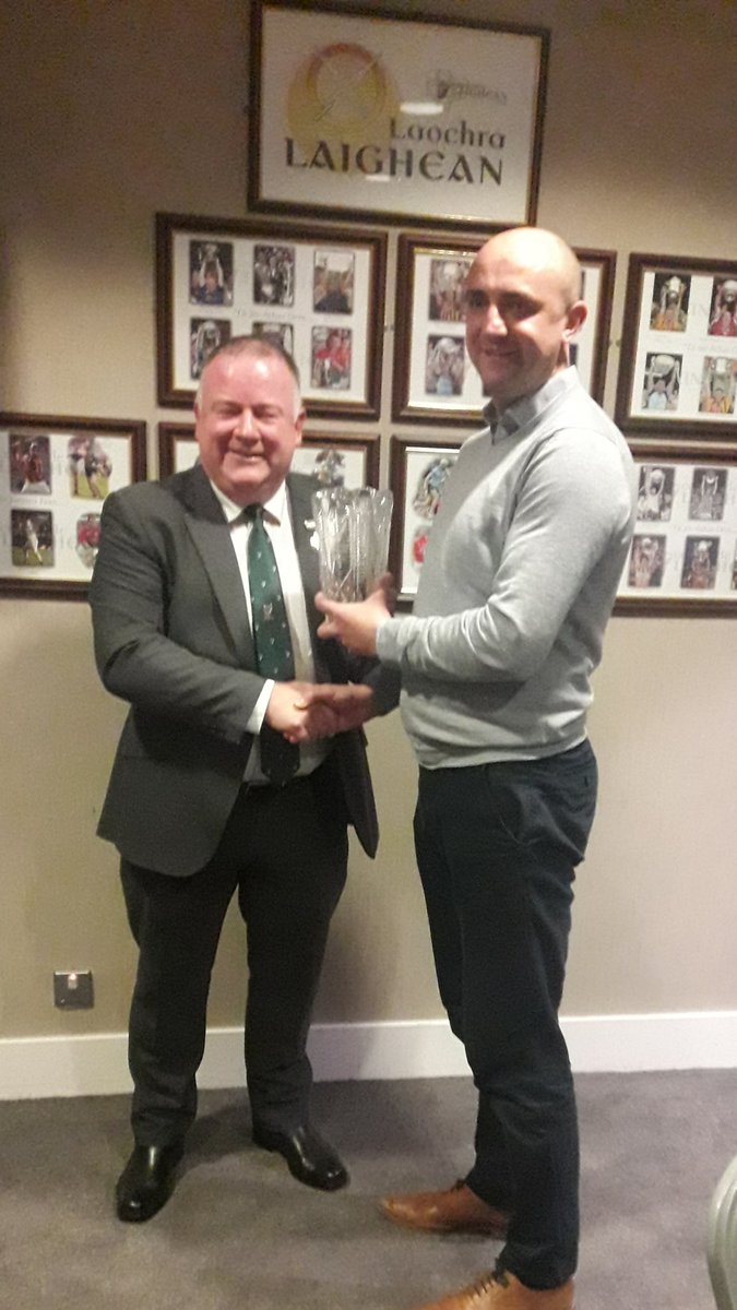 test Twitter Media - Jim Bolger Caithaoirleach @gaaleinster presents the award for Club website of the year to Colm Cummins Secretary of @EdenderryGAA the winning club https://t.co/nyeG0Uogd7