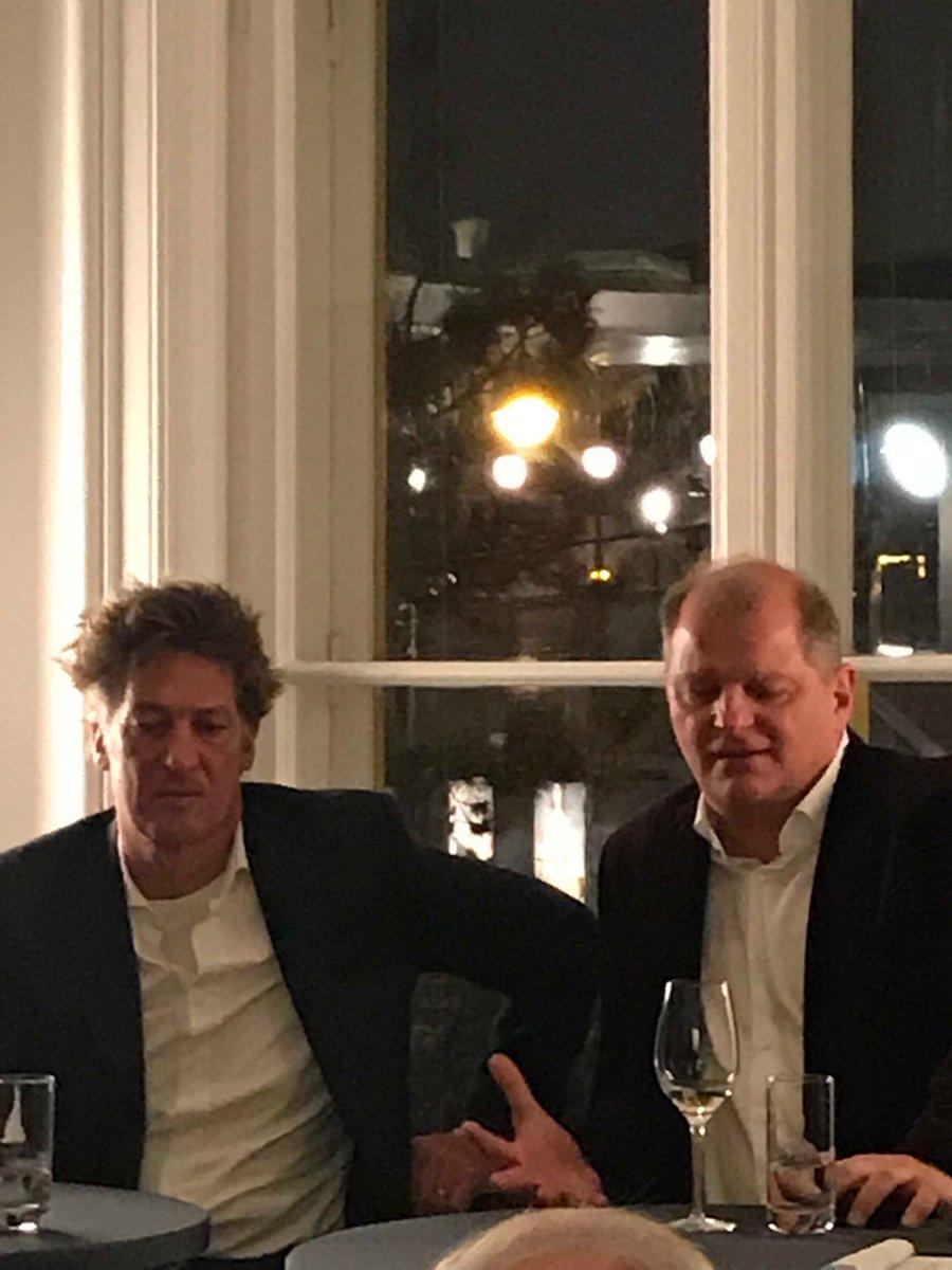 """Tobias Moretti: """"Die Menschheit hat ihren Zenit überschritten""""... auch die Kunst - im Salon der @kleinezeitung https://t.co/2zLZADJj1o"""