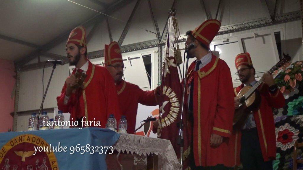 Foliões do Espírito Santo da Ilha São Miguel na Festa dos Cantadores Açores2018 https://t.co/AjgomXmpgq https://t.co/ocjDACEIXU