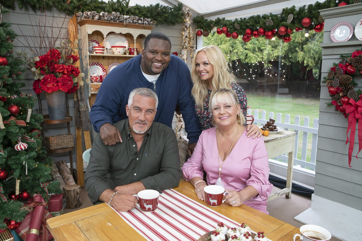 RT @GABakingShow: So much love for our hosts and judges! ❤️ #AmericanBakingShow https://t.co/HBZ2huKY3U