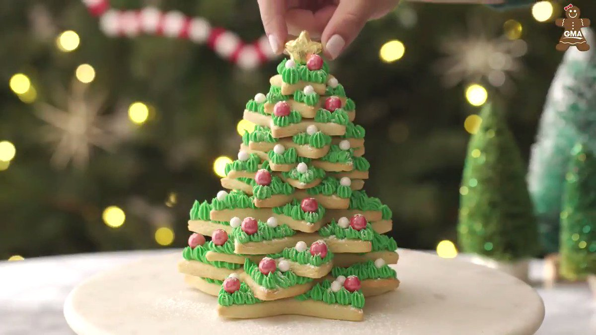 This Epic Christmas Sugar Cookie Tree Is The Ultimate Edible