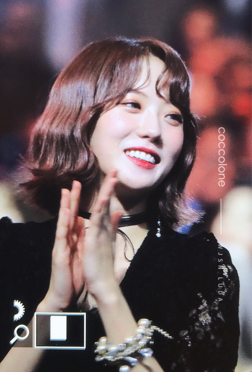 RT @coccolone0306: 181214 MAMA 🍓 #루다 #우주소녀 #WJSN #LUDA #루루야 @WJSN_Cosmic https://t.co/sMrQgnRy4c
