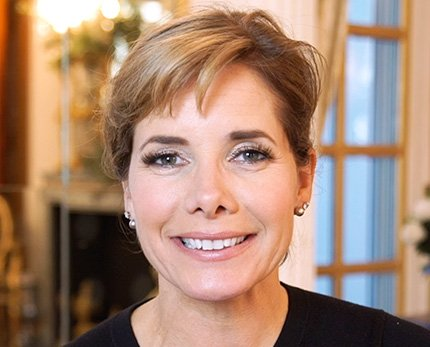 We're counting down to Christmas with @DarceyOfficial