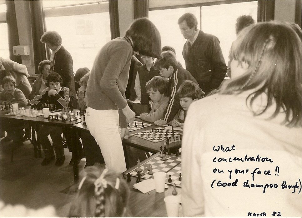 test Twitter Media - RT @nigelshortchess: In earlier days... https://t.co/fEQ9WUqOSO