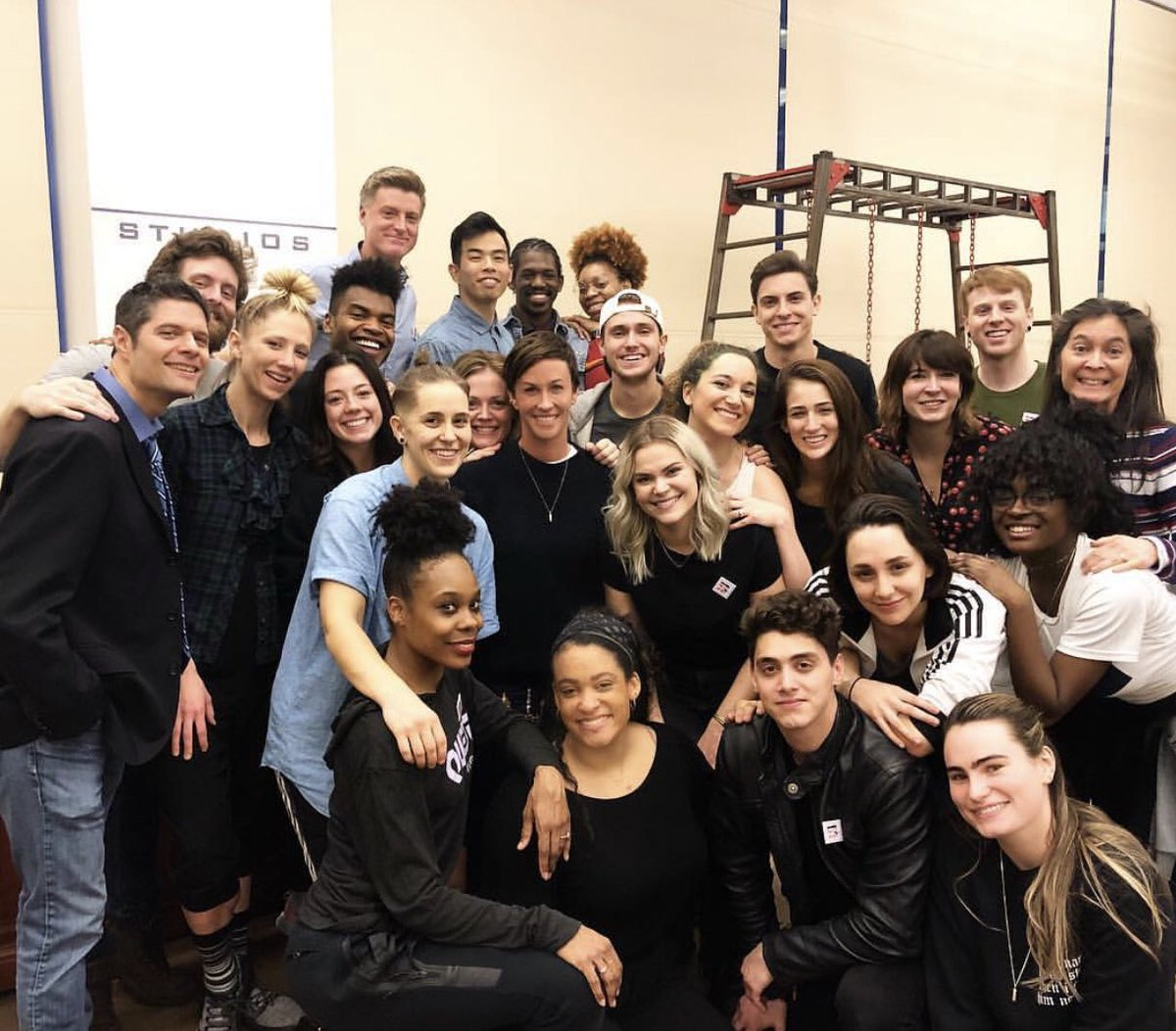 These incredible humans. ????????????????✨♥️ #jaggedlittlepillmusical #???? #???? #???????? #helmetson #handonheart #✨ https://t.co/2F7uMgvRsx