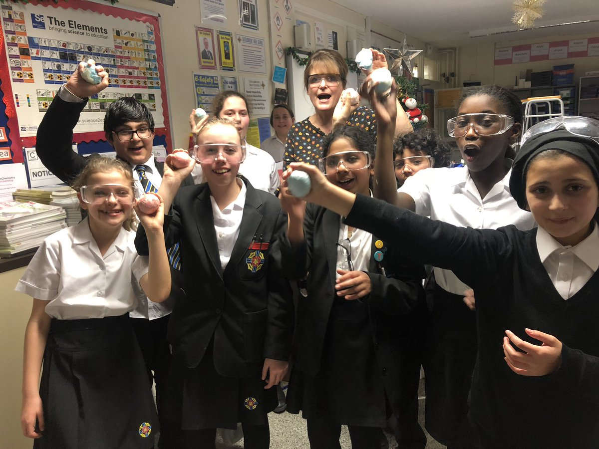 test Twitter Media - Big thank you to the year 9 and 11 helpers for setting a great example to our year 7 scientists! Look out for the next science club in the new year! https://t.co/ZdCMEOBt5s