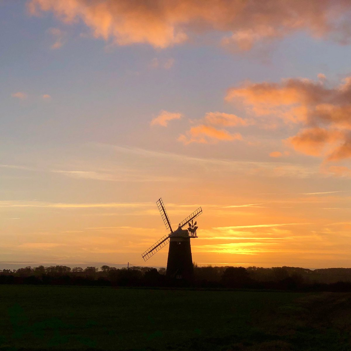 test Twitter Media - Watching the first day of Jan 2019 fade into the evening #norfolk #weather #NewYear2019 #sunset https://t.co/HqvOTCiVDe