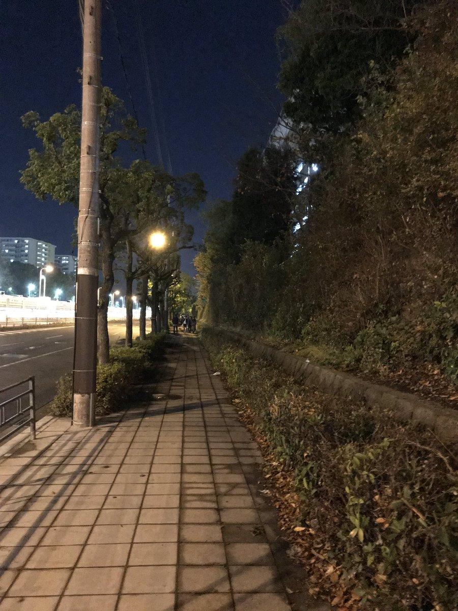【悲報】乃木坂握手会に徹夜の大行列