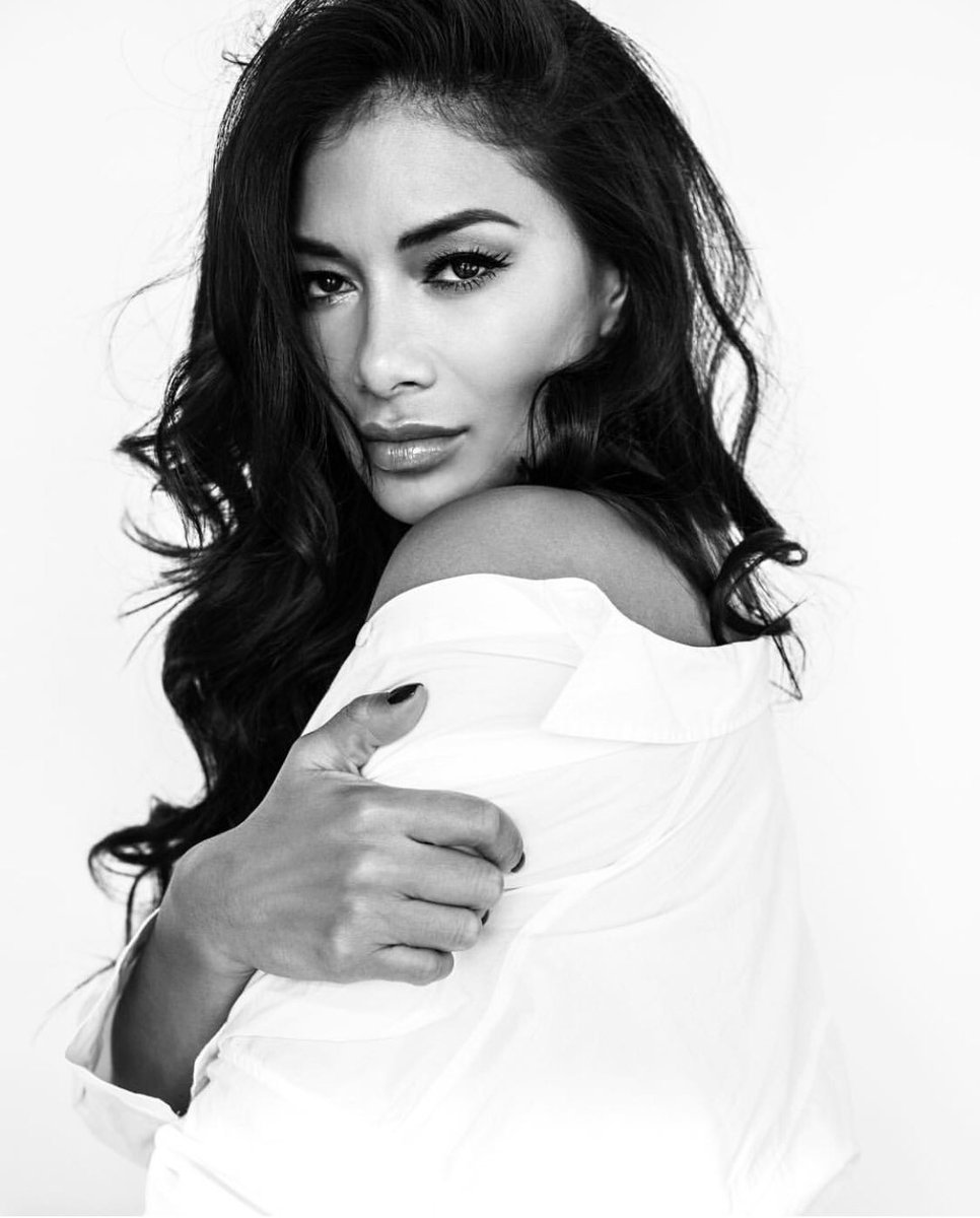 RT @PothMaxwell: Shot the amazing and talented @NicoleScherzy.  Makeup artist: Kathy Jeung Sidekick: @JaredGelman https://t.co/oGLeKTYthQ